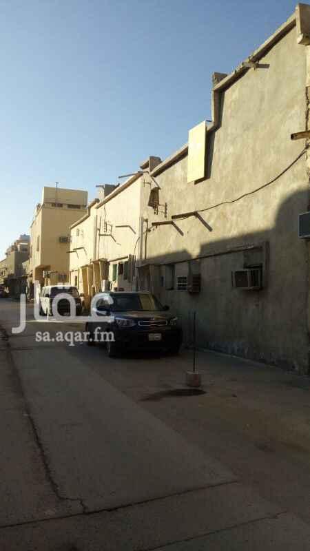 1275588 للبيع بيت طين مؤجر المساحة 103 م شارع 12 م  أبو حمد  0555826770