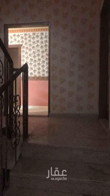 1757493 عداد كهرباء مشترك. الشقة في فيلا . حي المونيسية