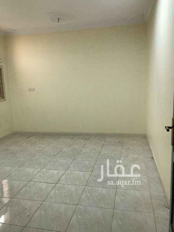 1166876 ملحق مكون من اربع غرف وصاله ومطبخ وحمامين ومدخلين بدون سطح