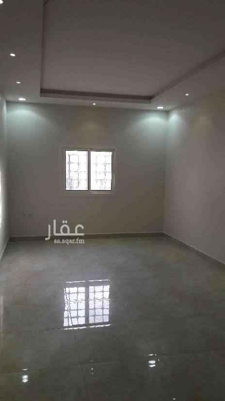 1652646 شقة عوائل بالدور الاول تتكون من غرفتين وصالة ومجلس ومطبخ راكب ودورتين مياة .