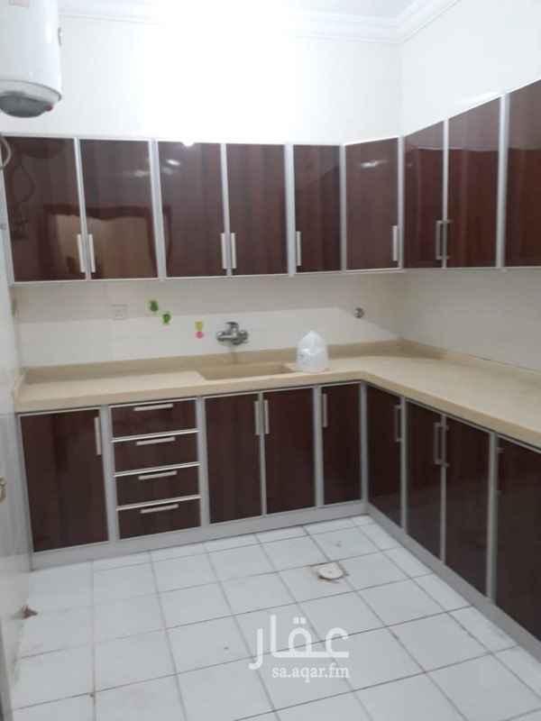 1766450 سطح خاص ٣ غرف ٢ دورات مياه صاله مطبخ راكب يوجد مصعد يوجد حارس عداد كهرباء مستقل