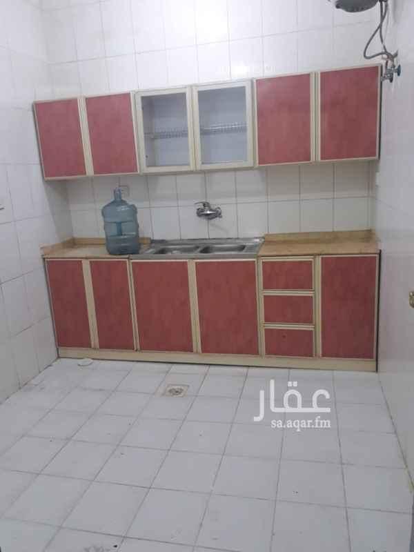 1766456 ٣ غرف ٢ دورة مياه صاله مطبخ راكب يوجد مصعد يوجد حارس عداد كهرباء مستقل