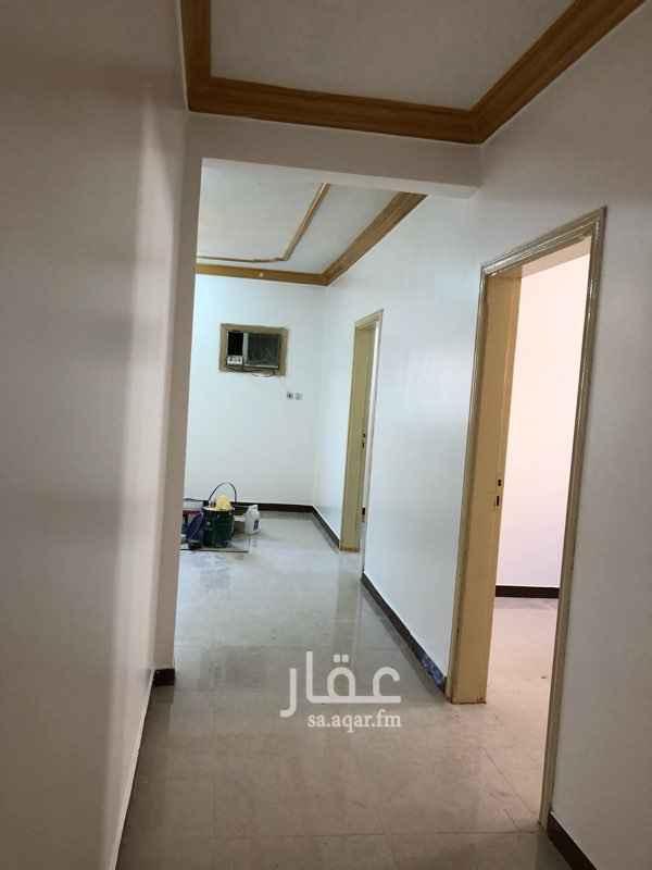 1761349 شقه عوائل 2 غرفه وصاله ومطبخ وحمام  النسيم الشرقي ( حي الصفوه )  ج 0555242115