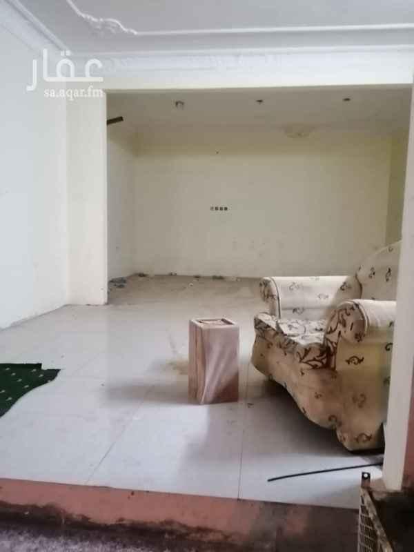 1438362 محل علي شارع 40 شمالي  متفرع من شارع الشباب شارع عليه حركه ونشط  ابو سعد : 0553725356