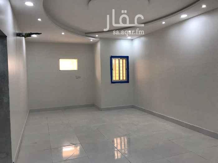1637682 شقه ٤ غرف جديدة وصاله كبيرة ٨*٤  وقريبة من المدارس ومسجد والخدمات. عداد كهرباء وماء خاص .