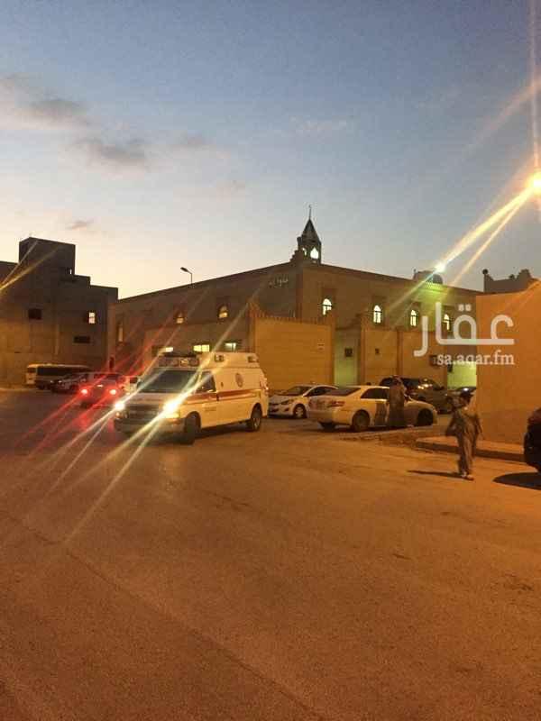 1291385 دور علوى قريب من المسجد والمدارس والخدمات