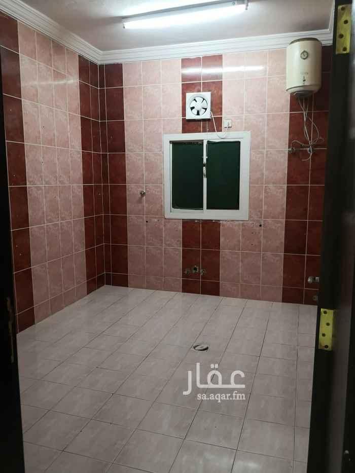 شقة للايجار في ج 20 في ينبع