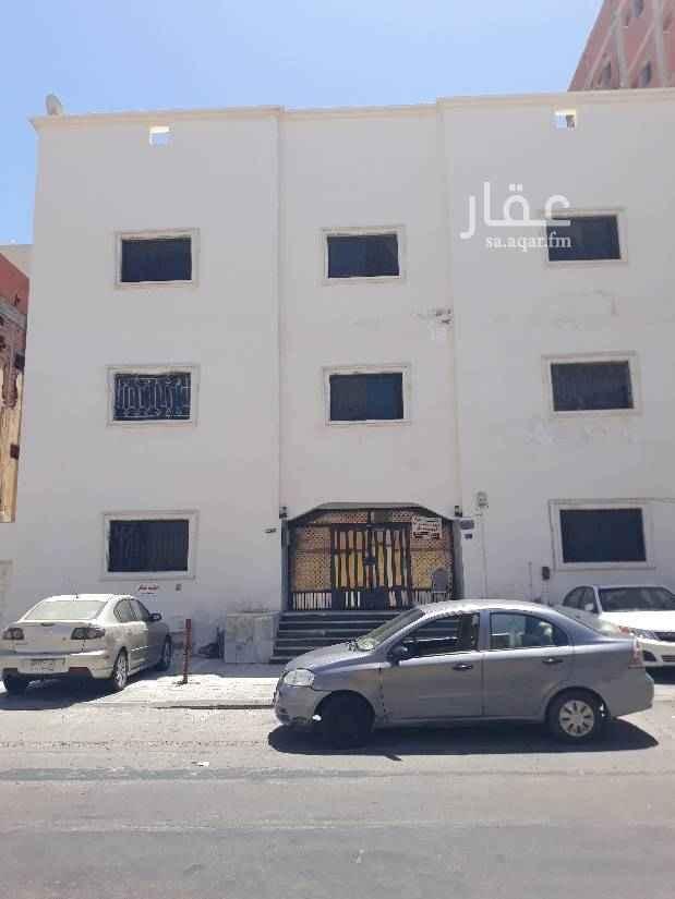 1480011 غرفتين وصالة ومطبخ وحمام وفي حمامين شهري وسنوي واسعارها تتفاوض قريبه من مسجد وسوق دانيه شارع حراء وجميع الخدمات