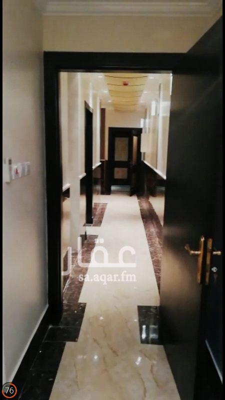1261688 مكتب للايجار السنوي  والشهري شامل الخدمات حي العليا طريق الملك فهد مقابل ابراج العنود