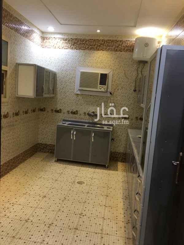 1807916 السلام عليكم يوجد لدي شقه فيها مكيفات ومطبخ في فله جدن هاديه في الملحق يوجد لدينا بشهروسنوي يوجد فيها غرفة نوم