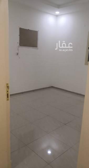 1746714 شقه نظيفه غرف وصاله كبار الكهرب مستقل جميع الخدمات موجوده