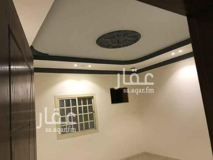 1560272 خمس غرف مدخلين  الدور الاول  وصاله  و3حمامات