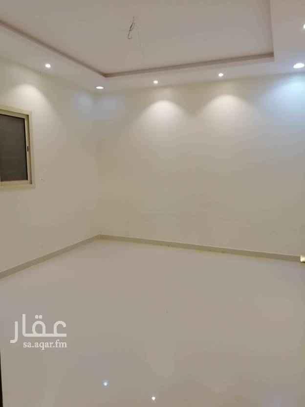 1691459 شقة دور ثالث بدون سطح في حي المونسية مخطط ٣٧ علي طريق الأمير محمد بن سلمان شرق الرياض مجددة عداد مستقل للتواصل 0558931128