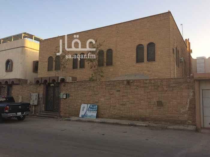 1637885 فيلا للبيع بحي صلاح الدين مقابل جامعة الامير سلطان.   630م مجالس 5 غرفة وصاله  السطح. غرفتين خميه - مصعد  مدخل سيارة   البيع مليون و500 الف
