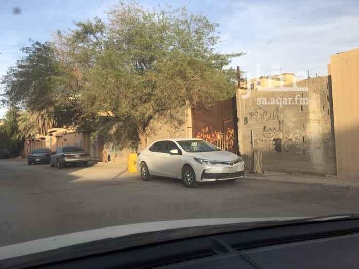 1334508 حوش على الشارع ٢٢ متر يفتح شمال قريب من مسجد ويبعد عن الدائري تقرياً كيلو  قريب من الخدمات