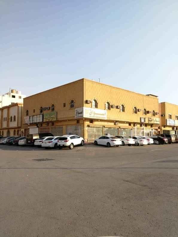1599153 محلات للإيجار في حي اليرموك الشرقي موقع ممتاز  عدد المحلات 8  تصلح مطعم وصيدلية وتموينات....