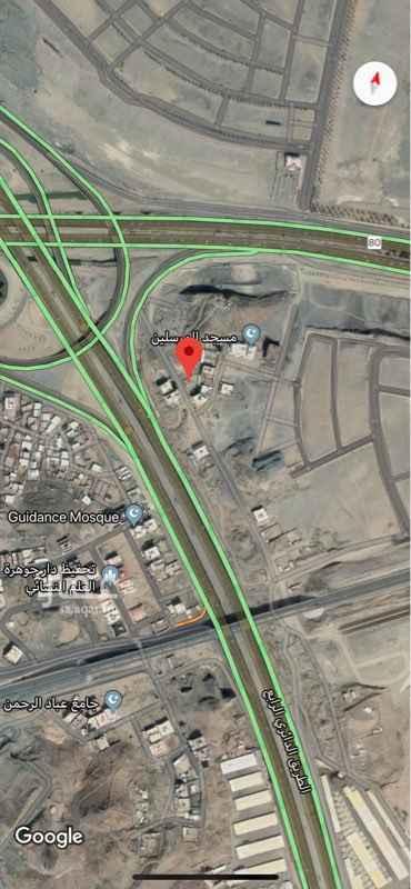 1655480 مخطط الهدى متصل بمخطط تلال مكة ويقع على الدائري الرابع، تبعد الأرض 270 متر عن الطريق السريع وعن الحرم 7 كيلو تقريباً
