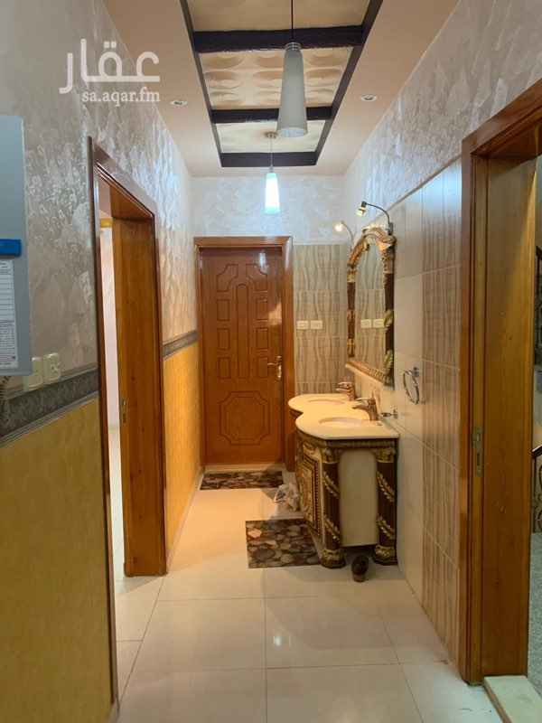 1770047 دور 5 غرف 3 دورات مياه مطبخ راكب خلف محطه البهجه المطلوب 26 الف