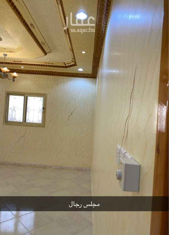 1809773 شقة بحي الموسى دور ارضي مدخل مستقل خزان 31 طن مستقل عداد كهرباء مستقل
