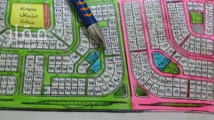 1401668 للبيع أرض بمخطط ٢/٢٠٩ حي المرجان بعزيزية الخبر  رقم الأرض ١٤٦  حرف ج  المساحة ٨٧٥ متر   شارع ٢٠ جنوب + نافذ ٨ شرق   المطلوب ٣٠٠ ألف ريال   للتواصل /   شركة أركاد الشرق للعقارات ٠٥٦٠٣٥٥٤٠٦ سعد