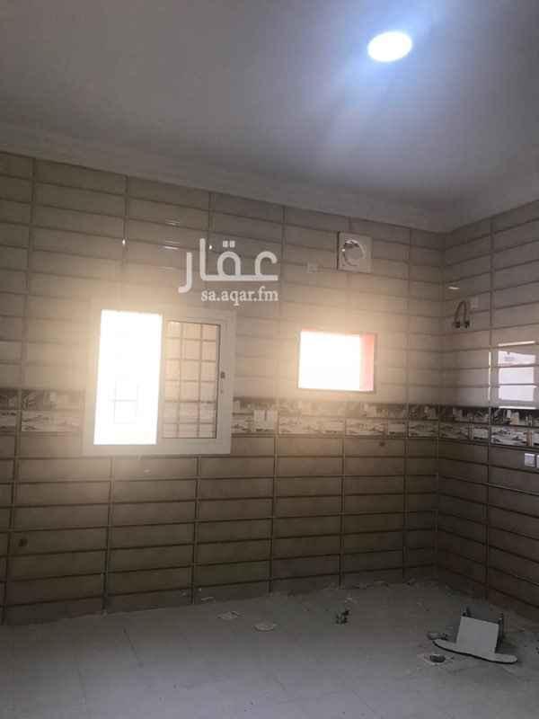1773860 شقة مكونة من 3 غرف جديدة وصالة ومطبخ ومدخلين في حي أبرق البرغامة