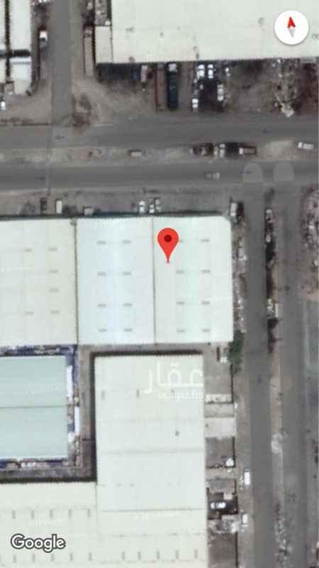 1134361 للايجار مستودع تجاري  تقع على شارعين ٤٠م /٢٠م المساحة ١٠٠٠ مترمربع  تقع على طريق حيوي يوصل لحلقة الانعام و الحراج والمنطقة الصناعية  ايجار سنوي ١٨٠.٠٠٠ الف ويال