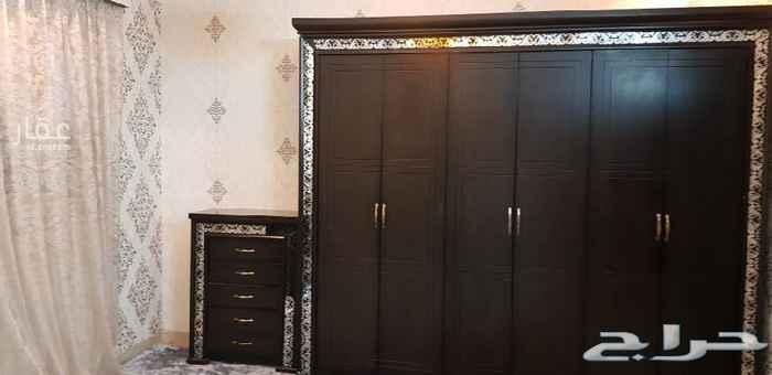 1705271 شقة مفروشة غرفتين وصالة وحمامين وسطح صغير