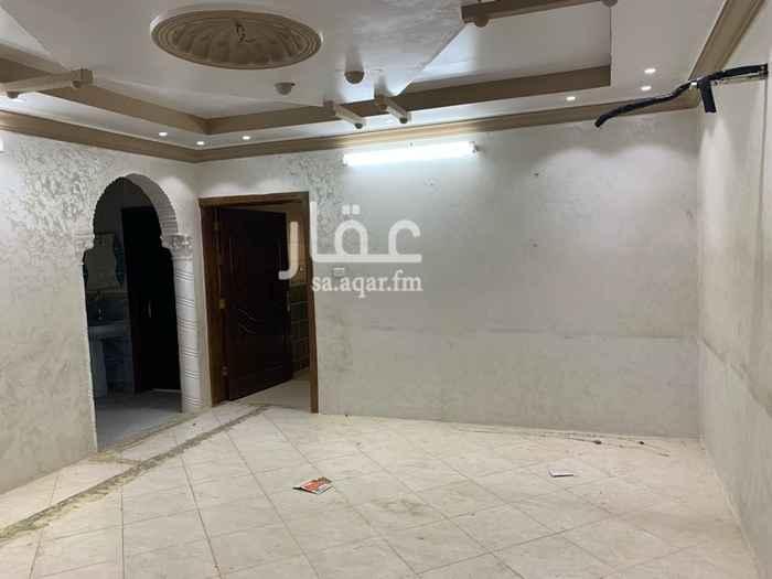 1781605 الحويه حي ريحه بجوار محطه التوفيق شقه دور ثاني ٥غرف ٢دوره مياه