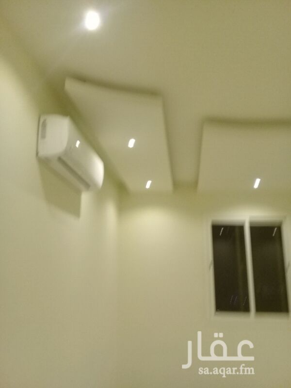 1291677 غرفتين وصالة اثنين حمام حوض وجه ومطبخ طشطيب لكس فاخره بها ثللثه مكيفات عمار جديد بهاء خدماد جيده