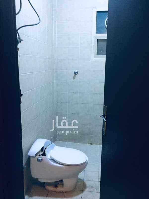 1734484 للايجار غرفه وحمام مشترك عزاب 600ريال شامله المياه والكهرباء عزاب