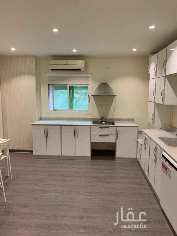 1511574 شقة للإيجار بحي العزيزية برج المسعود ٢  أربع غرف واربع دورات مياه وغرفة خادمة