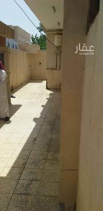 1524411 دور للايجار 91 حي بدر سلفه بنك الراجحي موقع ممتاز 7 غرف مجداد بالكامل الحين