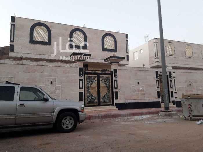 1587034 دور للبيع بالعزيزية  خلف محطة سهل شارع الامام  مساحه ٤٥٠ ٦غرف وصاله ومطبخ. و٤ دوراة مياة  حوش مطلوب  مليون جوال  0561259099