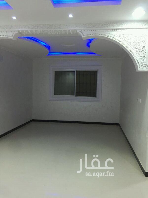 فيلا للبيع فى حي ظهرة لبن ، الرياض صورة 4
