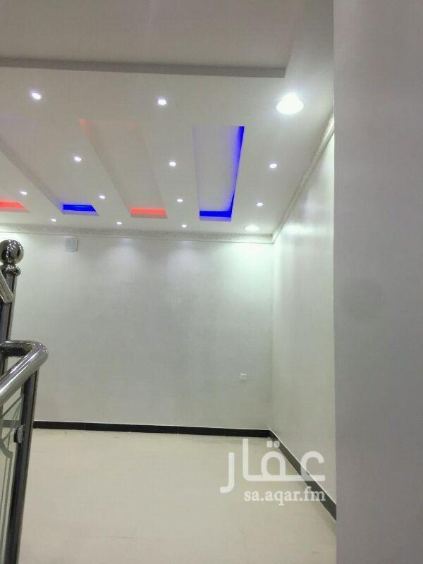 فيلا للبيع فى حي ظهرة لبن ، الرياض صورة 5