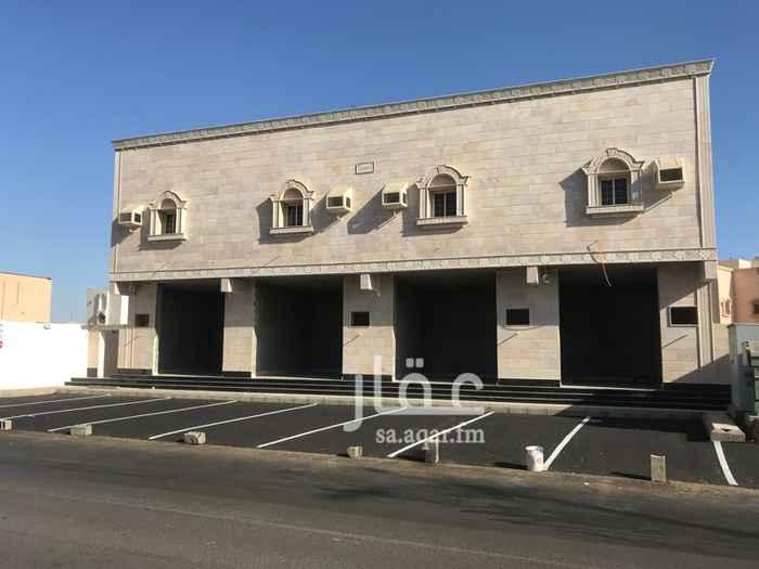 1697738 موقع المحلات على طريق الملك خالد شارع ثلاثين متر كل محل يكون له عداد كهرباء مستقل