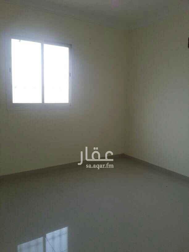 1630899 شقة 3غرف وصالة ومطبخ و دورتين مياة في فله شبه جديدة