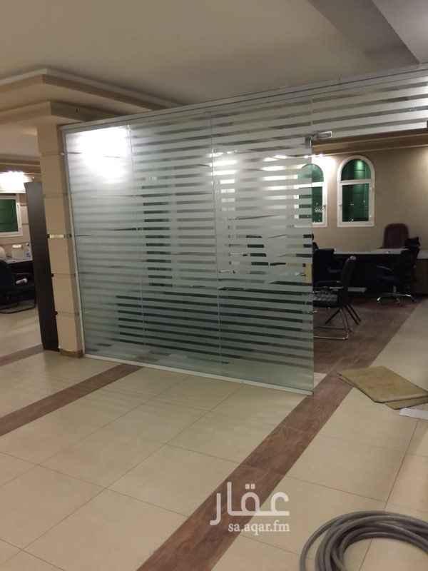 1596445 مكاتب للايجار مقابل السوق المركزي للخضار للاستعلام ٠٥٦٢٠٠٠٦٧٦