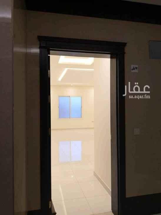 1645812 شقه للأجار، ممتازة ونظيفة وتشطيب فاخر ٣ غرف ومجلس وصالة و٣ دورات مياه