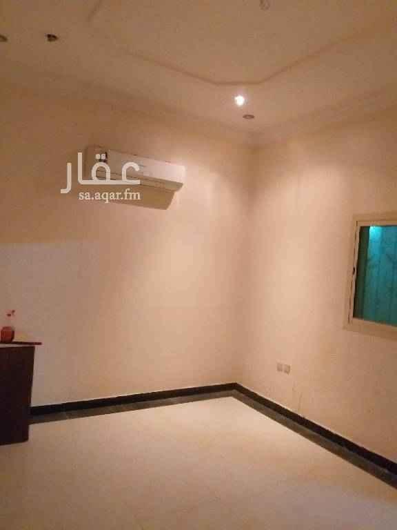 1549939 غرفه    وحمام  راكب مكيف  مجدده بالكامل  مدخل جانبي من السيب