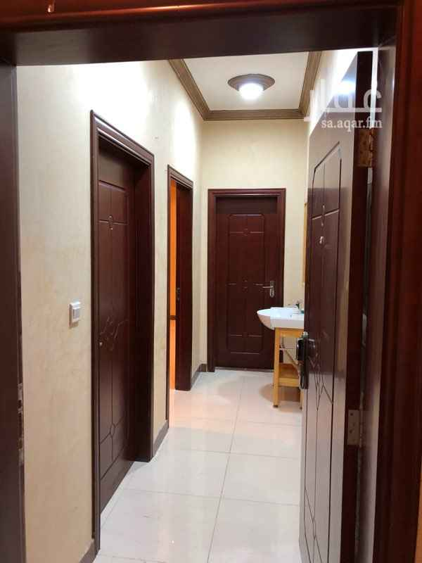 1410300 مساحة ١٢٣.٨٨مترمربع  ٤غرف صالة  مطبخ مجهز  ٣حمامات  خزان مستقل  غرفة سائق  لنبات LED   مكيفات  الرجاء التواصل عن طريق الواتس اب
