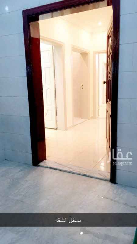 1185638 شقه سكنيه فجده حي المنار السامر بالقرب من الياسمين مول  مواصفات الشقه 4 غرف+ صاله+ دورتين مياه+ مطبخ.  ابو سعود 0505603075.
