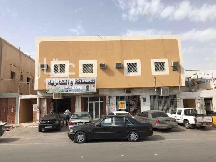 907290 محل بحي الريان علي شارع عنيزه وقريب من شارع الامير ماجد