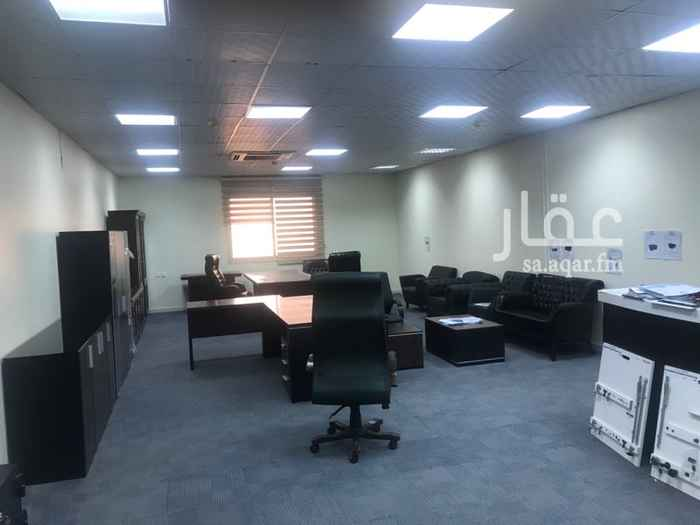 1749447 مكاتب مؤثثة بحي الحمراء مقابل ساكو  المكاتب مطلة على شارع خالد بن الوليد رضي الله عنه