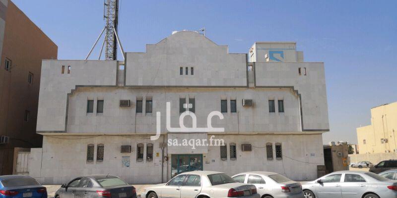 1394936 عمارة سكنية تتكون ثلاث أدوار تتكون من ١٤ شقه كل شقه بها غرفتين وصاله وحمامين ومطبخ