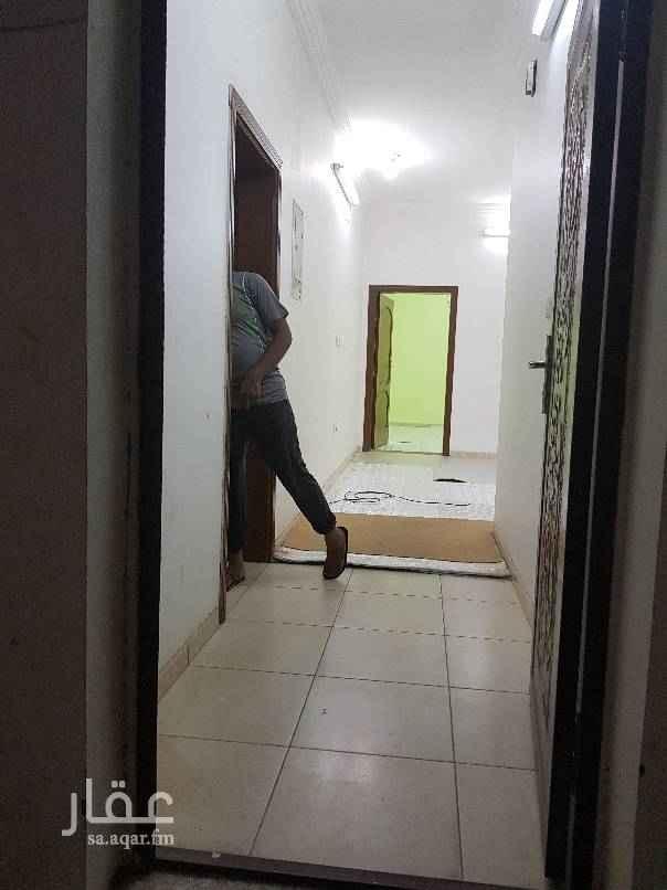 1566893 شقة عزاب في الاجاويدحي الالفية غرفة  وصالة ومطبخ ودورة مياه عزاب فقط  للايجاربا١٢٠٠ شهري شاملة الماءوالكهربا