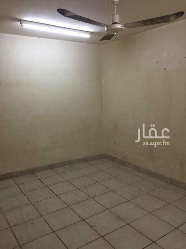 1397976 غرفه عزاب مكيفه+حمام الملحم للعقارات ٠١١٢٨٦٩٠٠٠ ٠١١٢٨٧٠٠٠٢