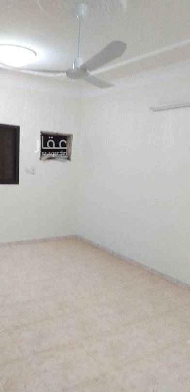 1564472 للأيجار دور علوي مدخل خاص غرفتين نوم  صاله ٢حمام  مطبخ ٢ حمام مطبخ السطح فاضي السعر ٢٥.٠٠٠ ريال