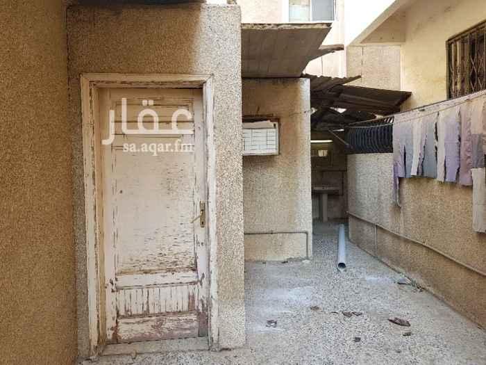 1201852 غرفة للايجار حمام خاص شامله المياه والكهرباء  السعر ٦٥٠ ريال/شهريا  الاتصال واتساب+اتصال : 0566588411
