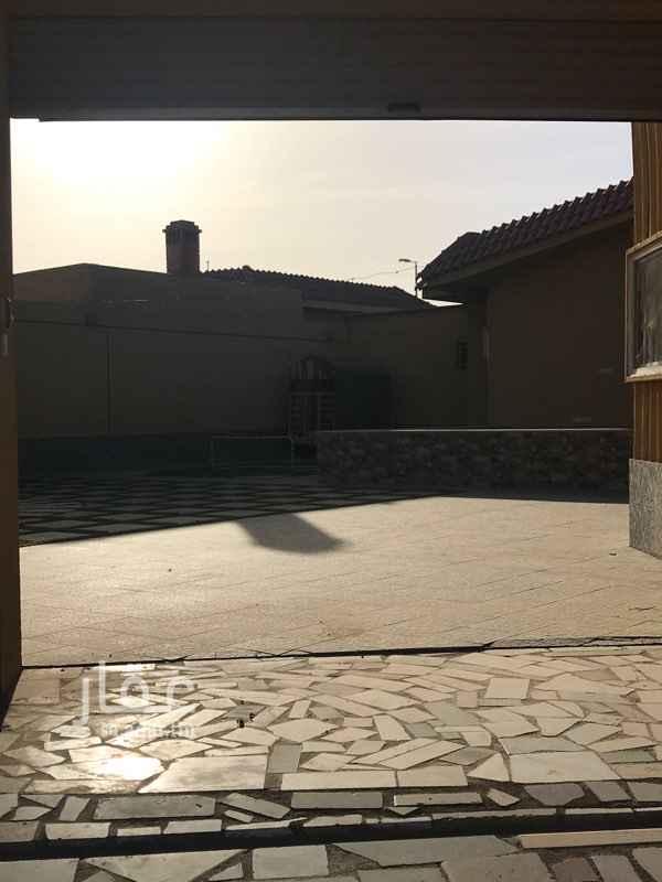 817866 شاليه عائلي بحي الحسون برياض الخبراء مساحة البناء تقريبا  170 م موقع جدا مميز للبيع على السوم